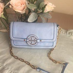 Handbags - Tory Burch Amanda Crossbody bag